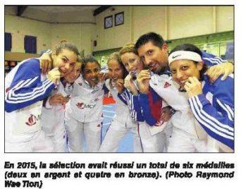 JIOI : Badminton : un regroupement par mois