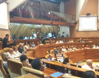 Convention entre la Région Réunion et la Région Ile-De-France