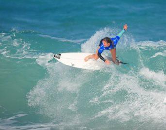 Objectif Tokyo 2020 pour une surfeuse de plus